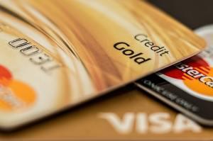 master-card-visa-credit-card-gold-164501